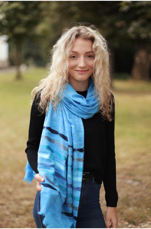 Schals aus Viskose und Seide mit Streifen