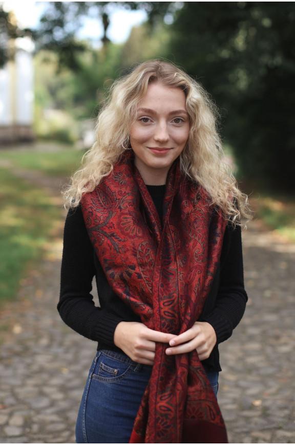 Schals aus Viskose und Seide mit Lurex