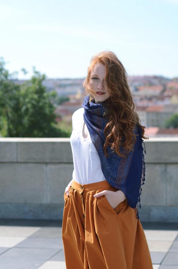 Mehrfarbige Schals